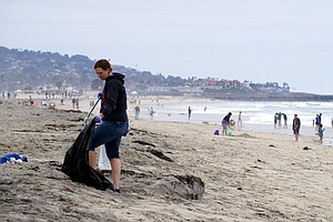 Volunteers Pick Up Fourth Of July Trash Left On San Diego Beaches