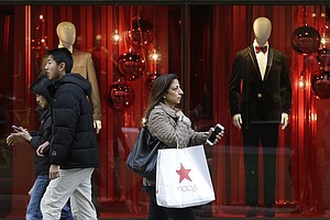 Another Strong Holiday Shopping Season For California?