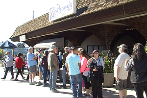 After 7 Decades And Countless Bowls Of Clam Chowder, Anthony's Fish Grotto Cl...