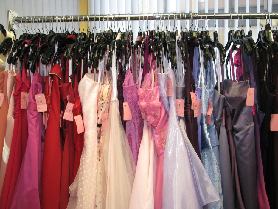 Fine Used Prom Gowns Ideas - Top Wedding Gowns ...