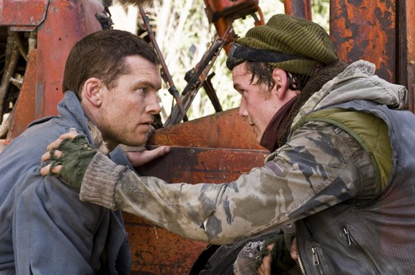 Sam Worthington as Marcus Wright and Anton Yelchin as Kyle Reese in Terminator Salvation