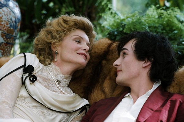 "Michelle Pfeiffer and Rupert Friend in ""Cheri"""