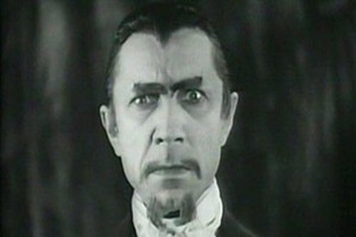 Bela Lugosi revamps his Dracula performance to play a zombie master in White Zombie