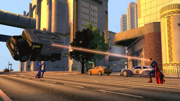 Superman battles Bizarro on the streets of Metropolis in this screenshot from DC Universe Online.