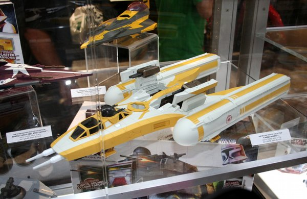 Star Wars Y Wing Bomber on display at Comic-Con International 2009 ($62.99). I can't help but give a little extra attention to Star Wars. It's the most influential franchise at Con and one of my favorites. I've always liked the Y Wing and the B Wing better than the X Wing. I really like the slot for you to put in your own R2 unit instead of the R2 head glued in place. There was a previous version of the Y Wing produced; I didn't buy it.