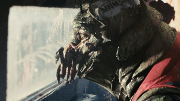 "This alien just wants to go home in ""District 9"""