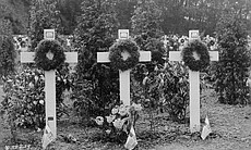 A black and white photo of a WWI temporary cemetery.