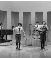 "The Young Rascals brought their ""groovy sounds"" — and groovy threads — to the chart-topping ""Good Lovin'"" and ""Groovin'."""