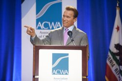Governor Schwarzenegger speaks during the Association of Calif. Water Agencies meeting in San Diego on December 3, 2009.