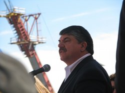 President of the AFL-CIO Richard Trumka speaks to union members at a rally for local jobs in downtown San Diego on January 6, 2010.