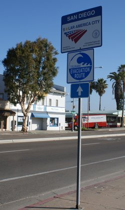 A tsunami evacuation route sign near Mission Beach.