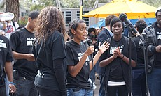 UCSD student Fnann Keflezighi speaks to the cro... (3752)