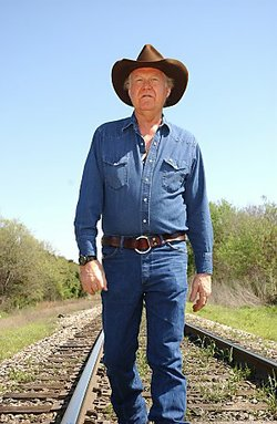 Country music singer and songwriter Billy Joe Shaver will perform in San Diego on Sunday night.