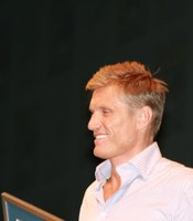 Dolph Lungren looking pretty chipper at the panel. (Photo by: Tony Weidinger)