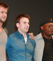 """The celebs that brought the house down, the cast of """"The Avengers."""" Here are Scarlett Johansson (Black Widow), Chris Hemsworth (Thor), Chris Evans (Captain America), Samuel L. Jackson (Nick Fury), and Jeremy Renner (Hawkeye). Call this superhero star power. (Photo by: Tony Weidinger)"""