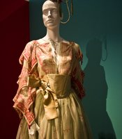 Zandra Rhodes Chinese Pagoda Garment from 1979 is prominently placed at the start of the exhibition.