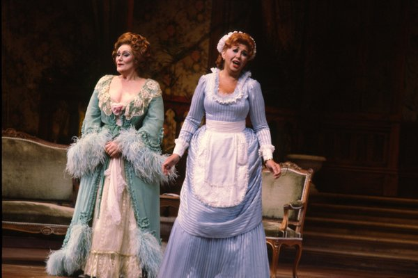 "Joan Sutherland on stage with Beverly Sills in San Diego Opera's 1980 production of ""Die Fledermaus."""