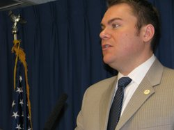 Councilman Carl DeMaio presents his five-year financial plan that he said wil...