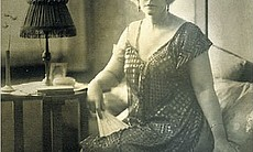 Cissy Chandler, wife of detective novelist Raym...