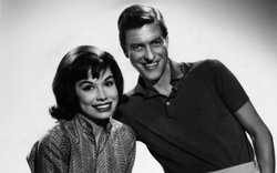 "Mary Tyler Moore and Dick Van Dyke, who played a married couple on the highly successful ""Dick Van Dyke Show."""