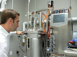 Genomatica CEO Christophe Schilling explains how the 50 liter agitator works.