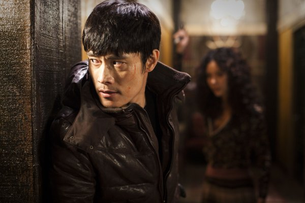"Lee Byung-Hun is out for revenge in ""I Saw the Devil."""