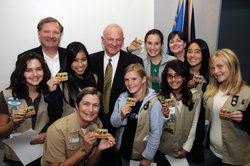 Mayor Jerry Sanders with members of the San Diego Imperial Council of Girl Scouts.