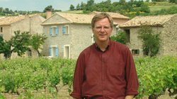 Rick Steves visits a winery in Côtes du Rhone, France