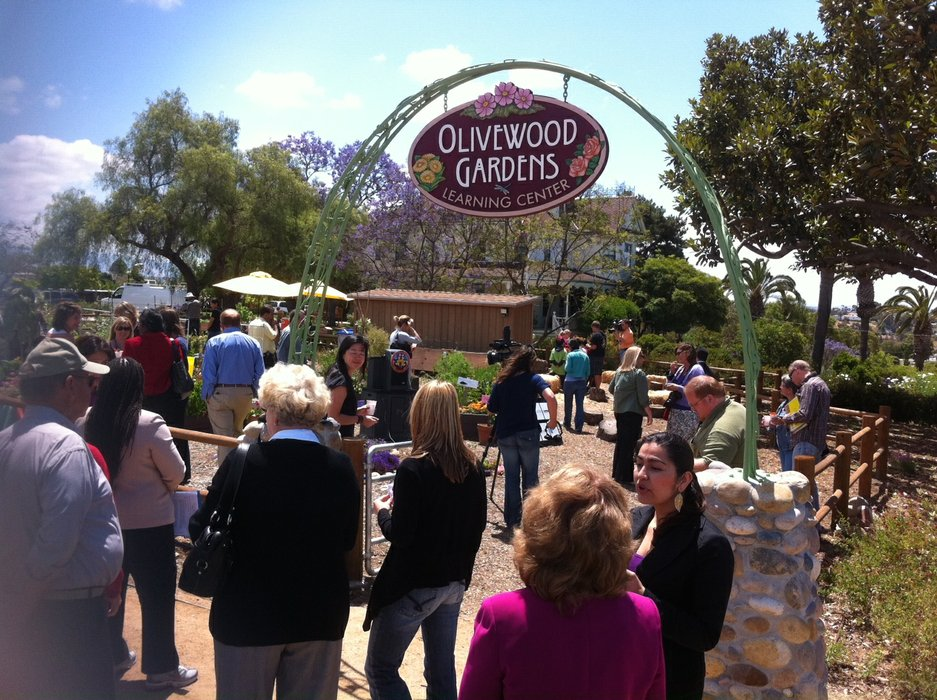 San Diego Offers Free Gardening Classes To Produce Healthy