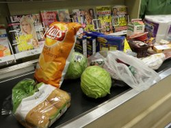 Grocery Workers Get Support From Other Union Members