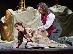 Natalie Dessay as Lucia and Ludovic Tézier as Enrico in