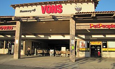 A Vons grocery store in La Mesa closes because of the power outage. Employees were sent home and grocery carts were lined up to keep people out.