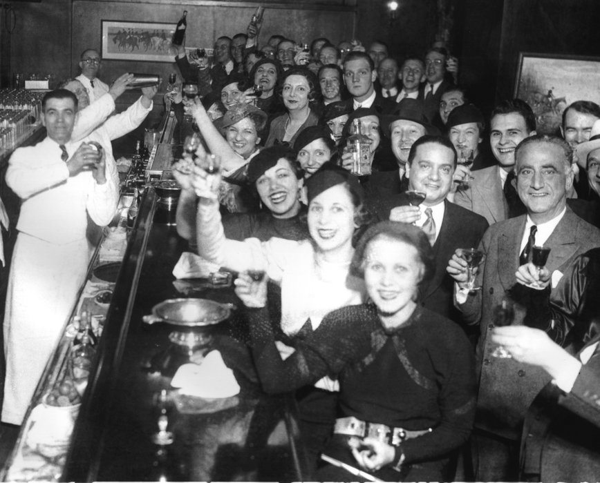 the effect of the eighteenth amendment on the lives of americans Writers of the eighteenth amendment to the constitution took a little more than one hundred words to prohibit the manufacture, sale, and transportation of alcoholic beverages.