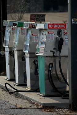 Expensive Gas May Drain Holiday Budgets