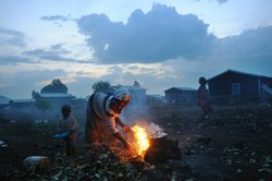 November 26, 2008: A Congolese woman, displaced from a surrounding village, c...