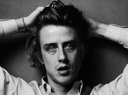 Hedi Slimane. Girls' Christopher Owens, San Francisco. 2011.