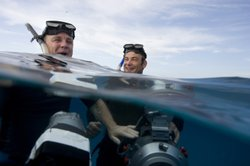 Doug Allan and Didier Noirot filming off the coast of the Bahamas.
