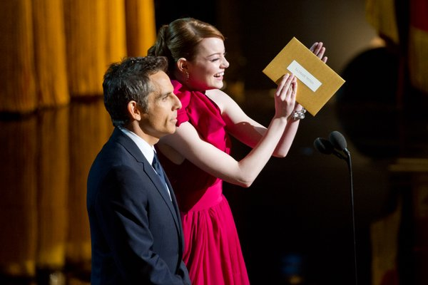 Ben Stiller not liking the spotlight stolen from him by Emma Stone who seemed to be acting drunk.