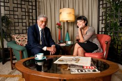 Tony Bennett chats with Norah Jones.