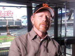 Fan Ron Howard speak of the meaning of Jewish ballplayers in their own lives.
