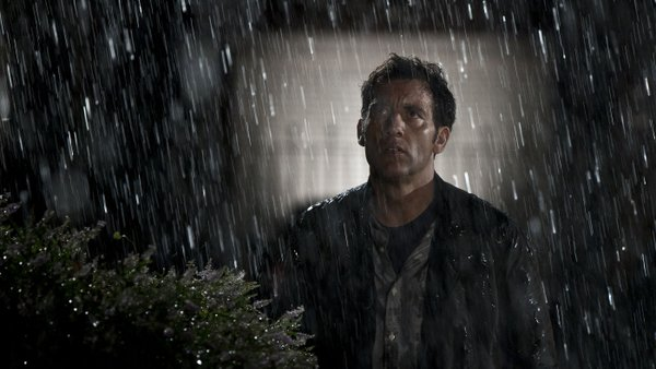 "Clive Owen is a concerned father in ""Intruders."""