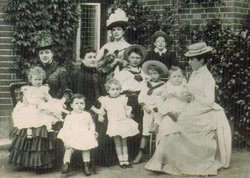 Family photograph of Clara, Jennie and Leonie Jerome with their mother, Clarissa, and their young first cousins.