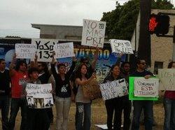 Students across Mexico have begun to protest what they see as the mainstream media's favoritism of the PRI candidate.