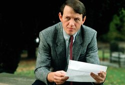 Kevin Whately stars as Inspector Morse's trusted sidekick Sergeant Lewis.