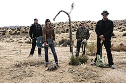 Nena Anderson + The Mules. From left to right: Richard