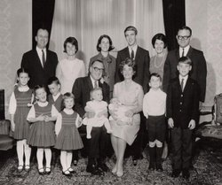 The Brown family, Pat Brown (middle, front row)