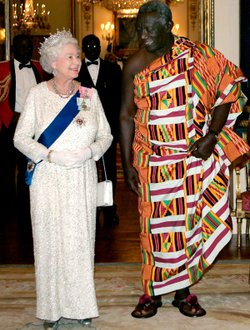 Queen Elizabeth II with the president of the Republic of Ghana, John Agyekum Kufuor, at a state banquet at Buckingham Palace.
