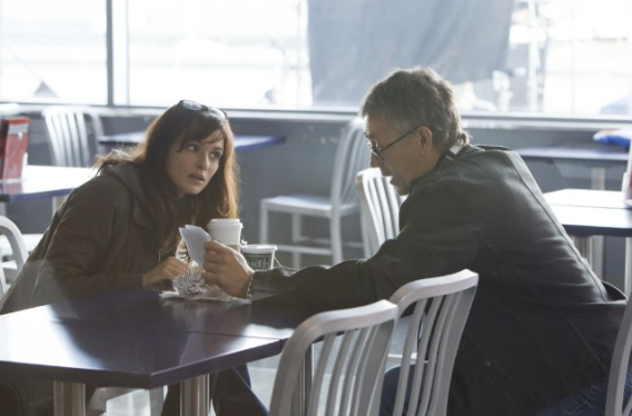 Rachel Weisz as Dr. Marta Shearing on set with director Tony Gilroy.