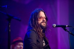 "Shooter Jennings performs ""Cocaine Blues"" (with Amy Nelson) in this concert that celebrates the legacy of Johnny Cash."
