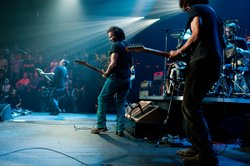 "Classic alternative rockers Pearl Jam take the AUSTIN CITY LIMITS stage with tunes from their latest album, ""Backspacer,"" as well as catalogue favorites."